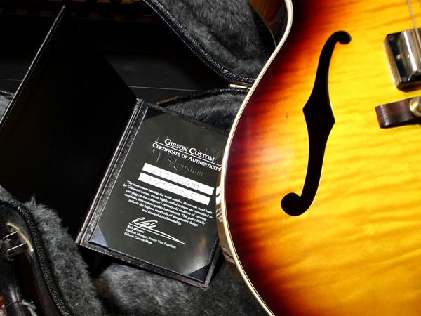 Gibson Custom Shop の認定書