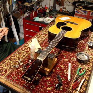 アコースティックギター オーバーホール [Morris W-30]
